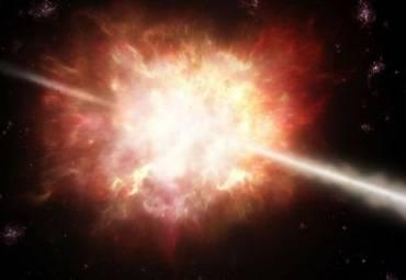 В космических гамма-вспышках астрофизики разглядели «обратный ход времени»