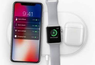 Apple в марте начнет продажи беспроводной зарядки AirPower и кейса для AirPods