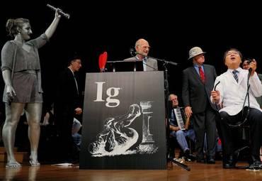 В США завершилась церемония вручения Шнобелевской премии 2018